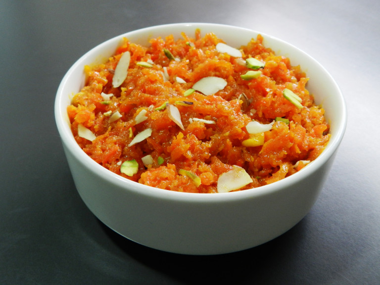 a bowl of carrot halwa