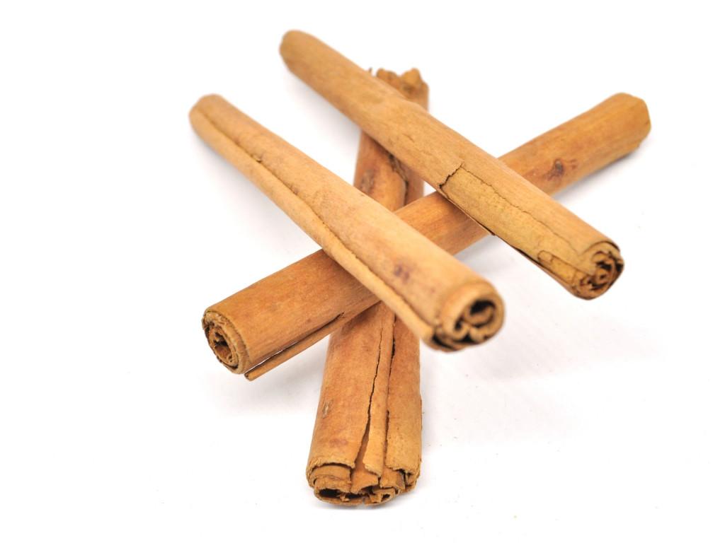 a mound of cinnamon sticks