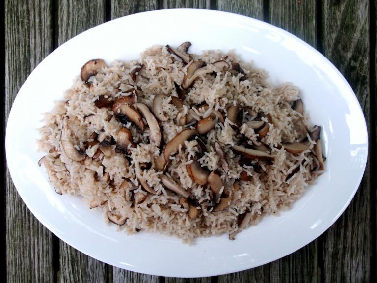 a serving plate of mushroom pulao